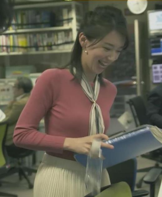 和久田麻由子 細身だけどエロいニットおっぱい♡キャプ画像(エロ・アイコラ画像)