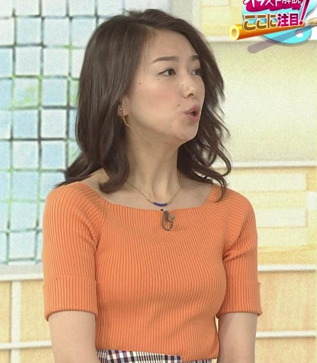 和久田麻由子アナ ニットですごくエロくなったおっぱいキャプ・エロ画像4