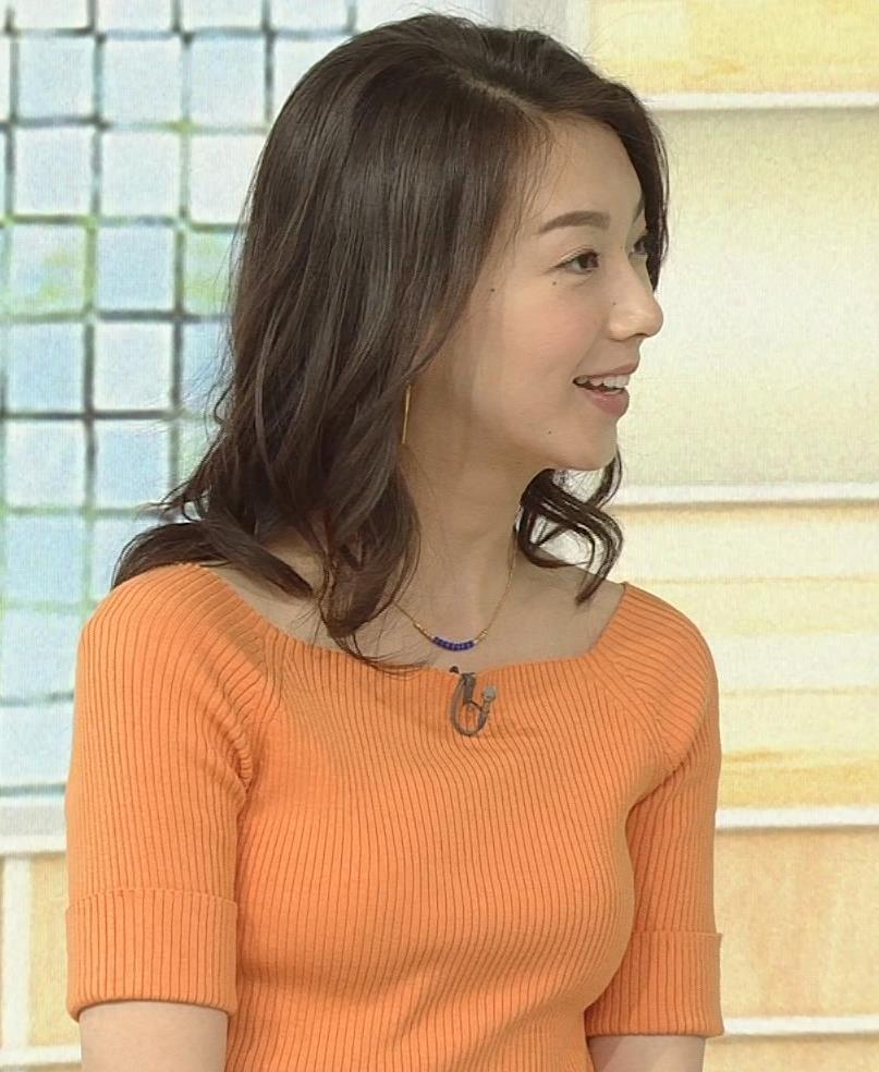 和久田麻由子アナ ニットですごくエロくなったおっぱいキャプ・エロ画像7