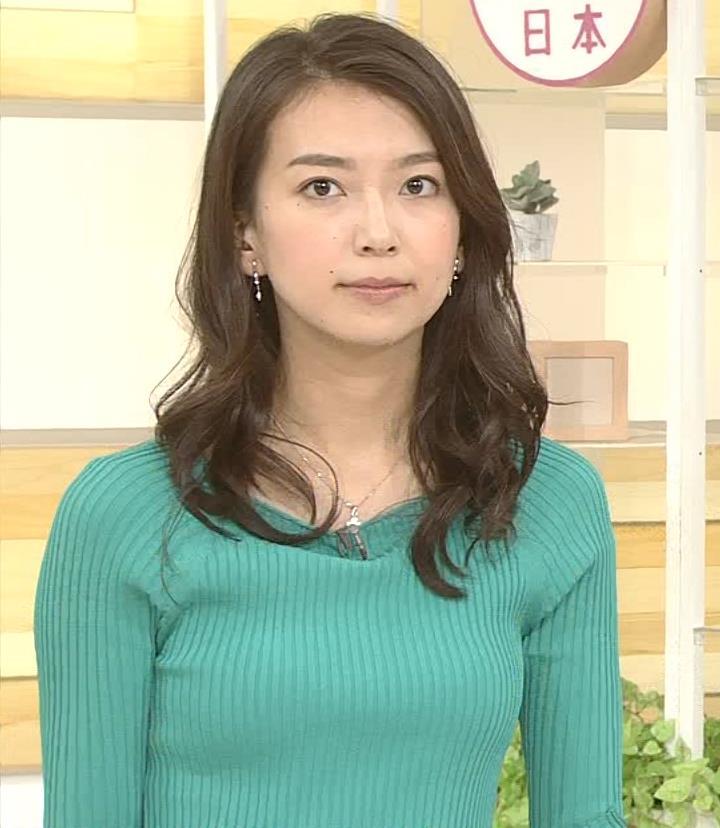 和久田麻由子アナ 大きくないけどエロいニット乳キャプ・エロ画像4