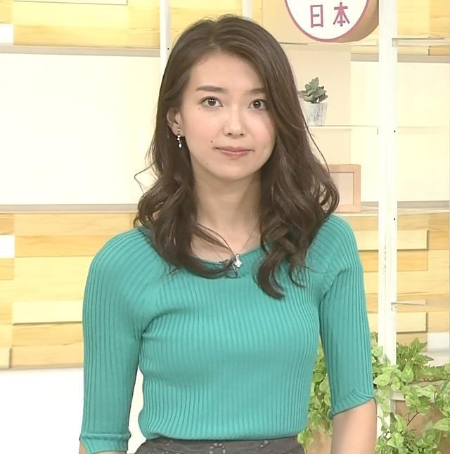 和久田麻由子アナ 大きくないけどエロいニット乳キャプ・エロ画像5