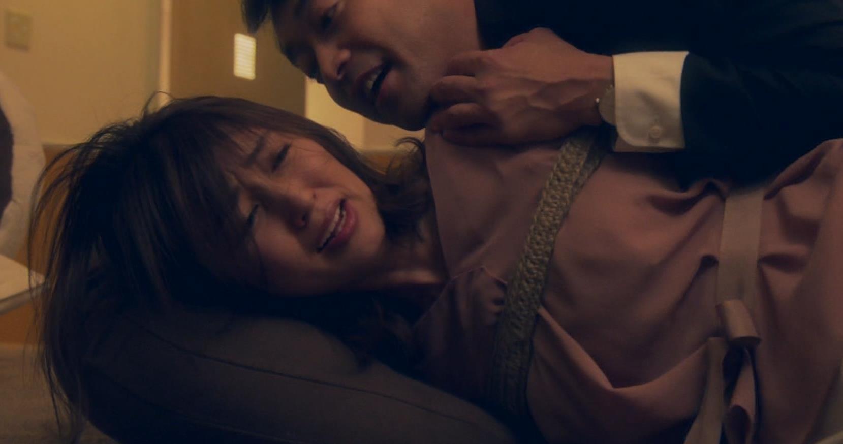 矢田亜希子 ニット乳がまだまだエロいキャプ・エロ画像14