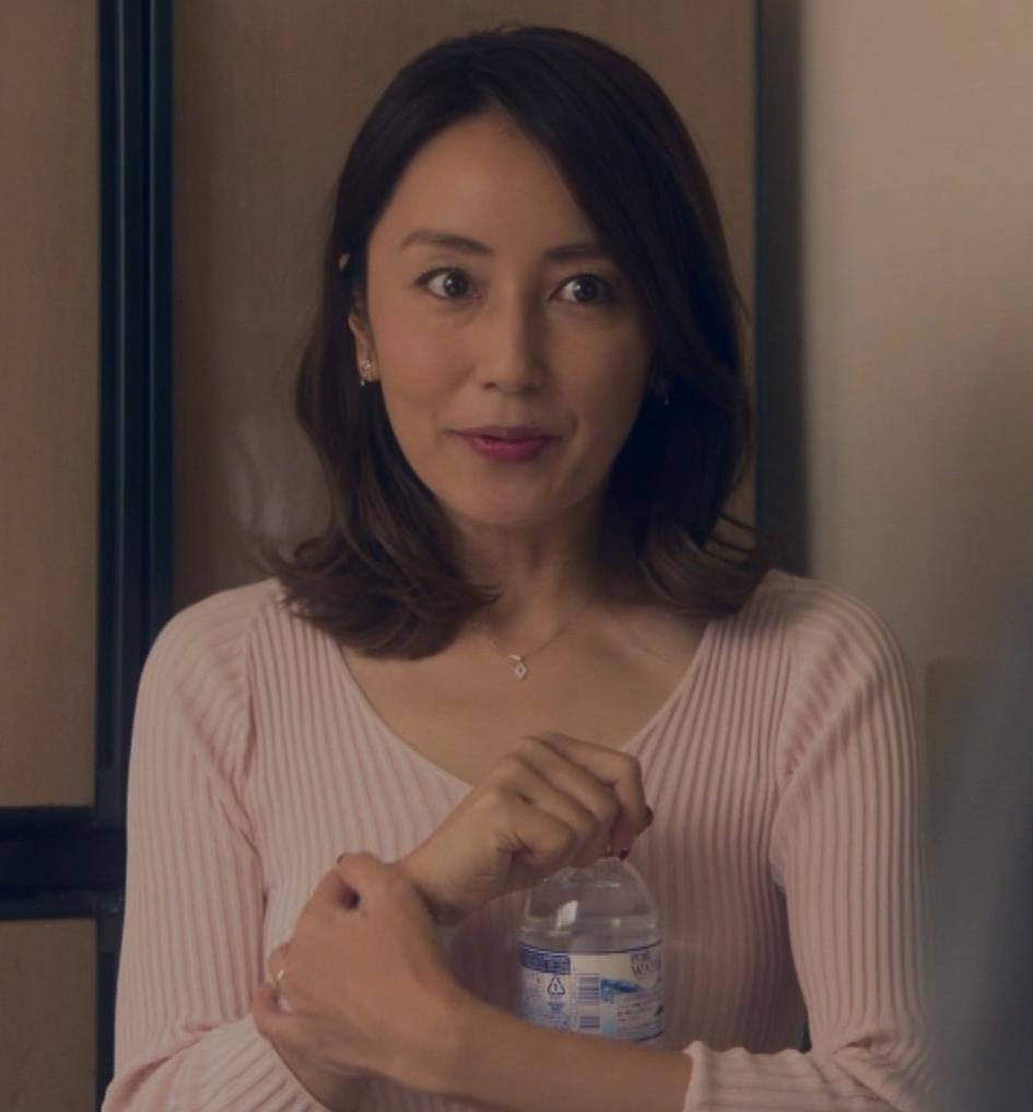 矢田亜希子 ニット乳がまだまだエロいキャプ・エロ画像6