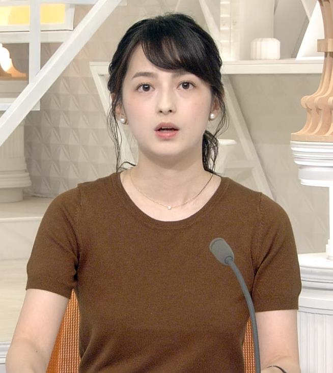 山本恵里伽アナ Tシャツ姿キャプ・エロ画像2