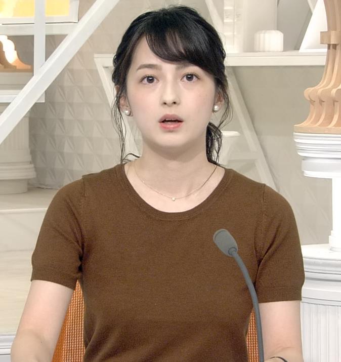 山本恵里伽アナ Tシャツ姿キャプ・エロ画像4