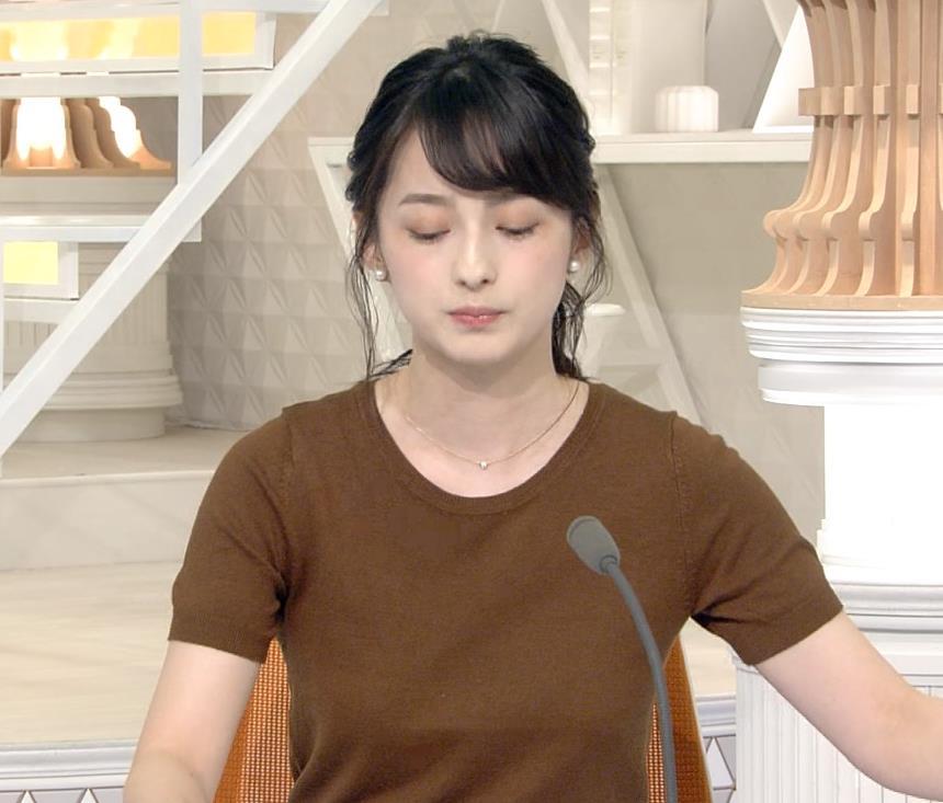 山本恵里伽アナ Tシャツ姿キャプ・エロ画像5