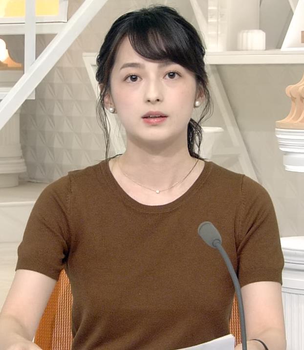 山本恵里伽アナ Tシャツ姿キャプ・エロ画像6