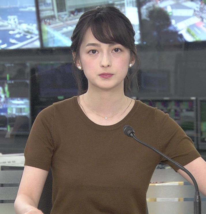 山本恵里伽アナ Tシャツ姿キャプ・エロ画像8