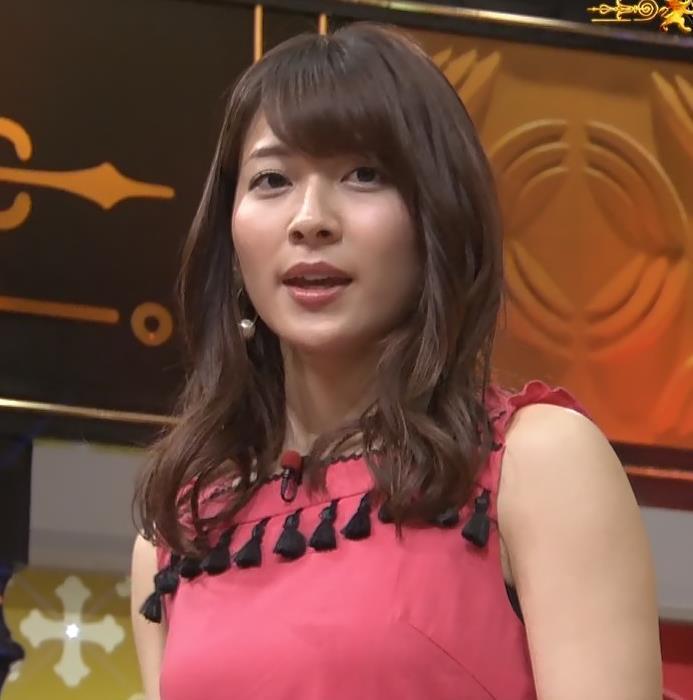 山本里菜アナ メイド服やノースリーブおっぱいなどキャプ・エロ画像2