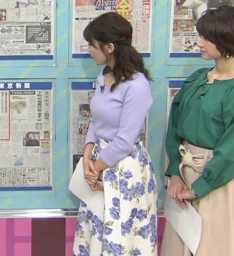 山本里菜アナ デカそうなニット乳キャプ・エロ画像10