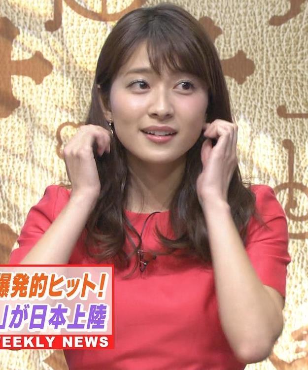 山本里菜アナ スカートひらひらの脚が見えるダンスキャプ・エロ画像4
