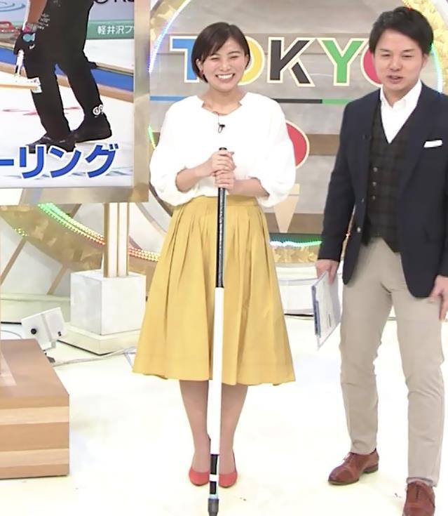 山本雪乃アナ カーリングで胸ちらキャプ・エロ画像2