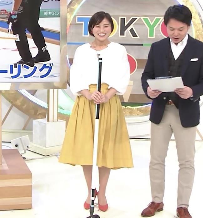 山本雪乃アナ カーリングで胸ちらキャプ・エロ画像3