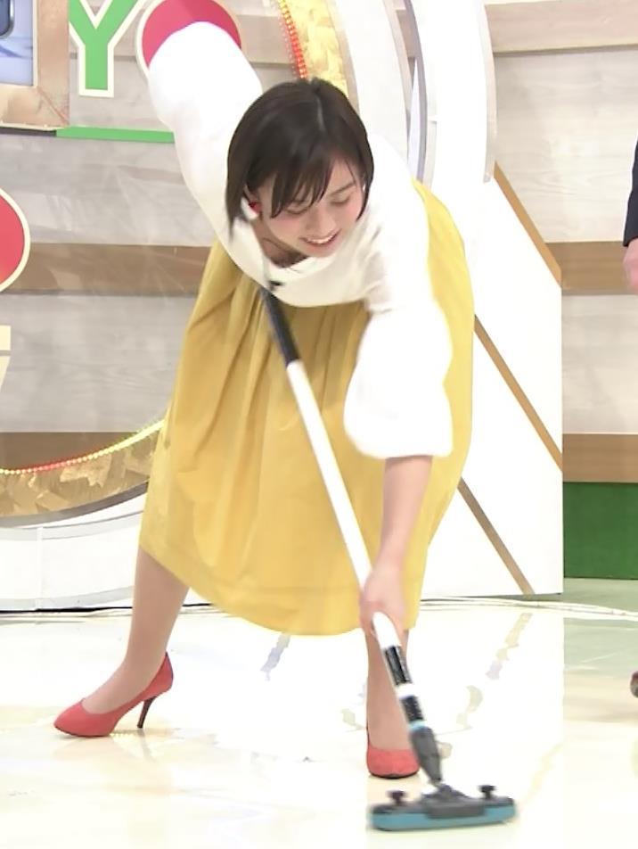 山本雪乃アナ カーリングで胸ちらキャプ・エロ画像5