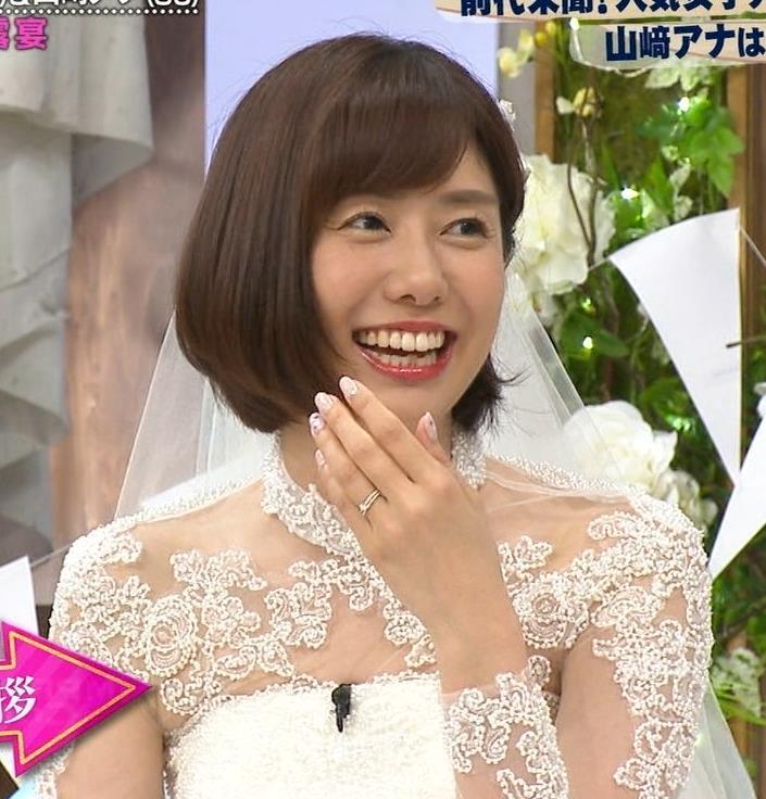 山崎夕貴アナ ウエディングドレス姿キャプ・エロ画像4