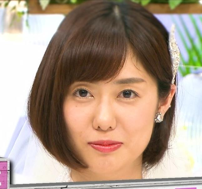 山崎夕貴アナ ウエディングドレス姿キャプ・エロ画像8