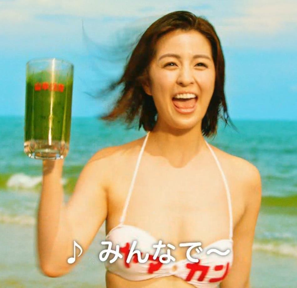 柳ゆり菜 ビキニの健康食品CMがぶっ飛んでてエロ過ぎキャプ・エロ画像14