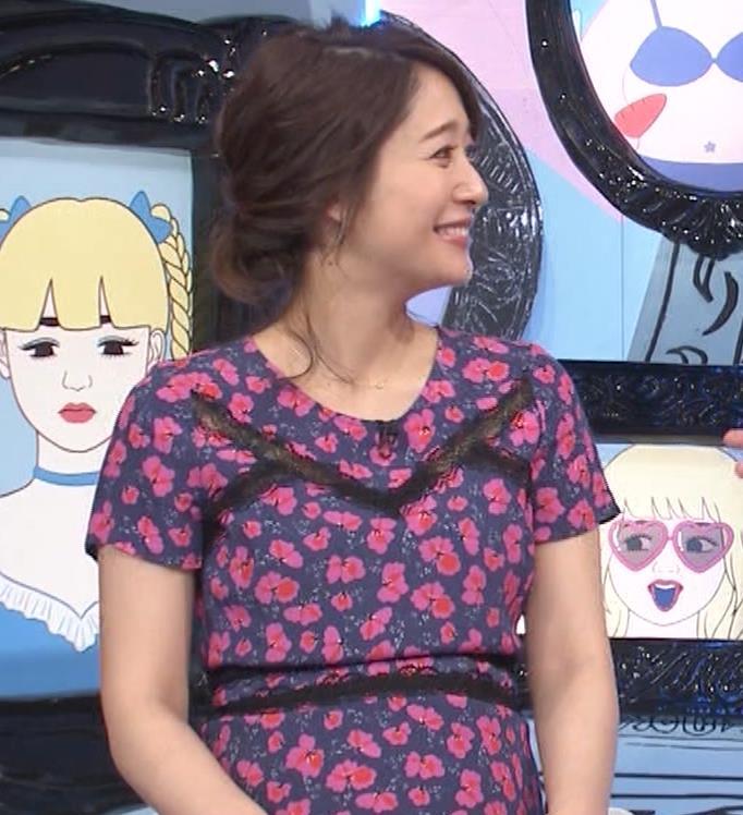 吉田明世アナ 妊婦のおっぱいキャプ・エロ画像