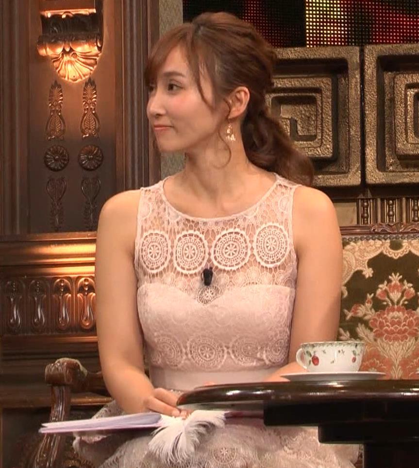 吉木りさ 胸元スケスケレースのドレスキャプ・エロ画像3