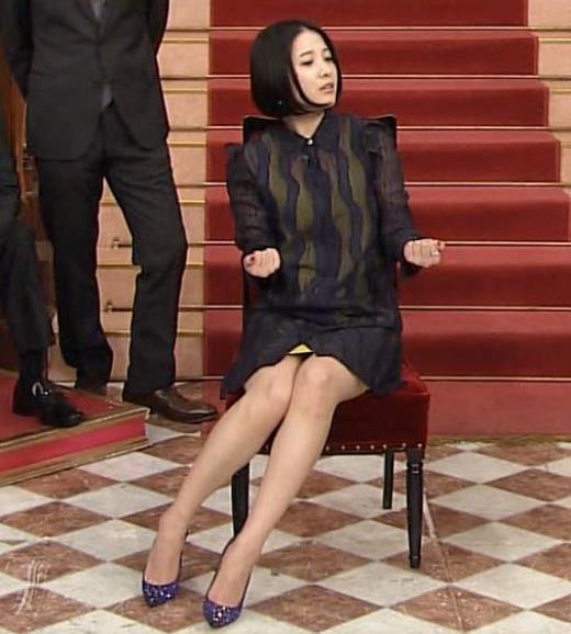 吉高由里子 ほぼパンチラキャプ画像(エロ・アイコラ画像)
