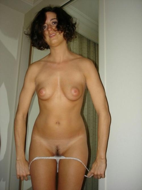 フランスのセレブな美人妻の流出ヌード画像 7