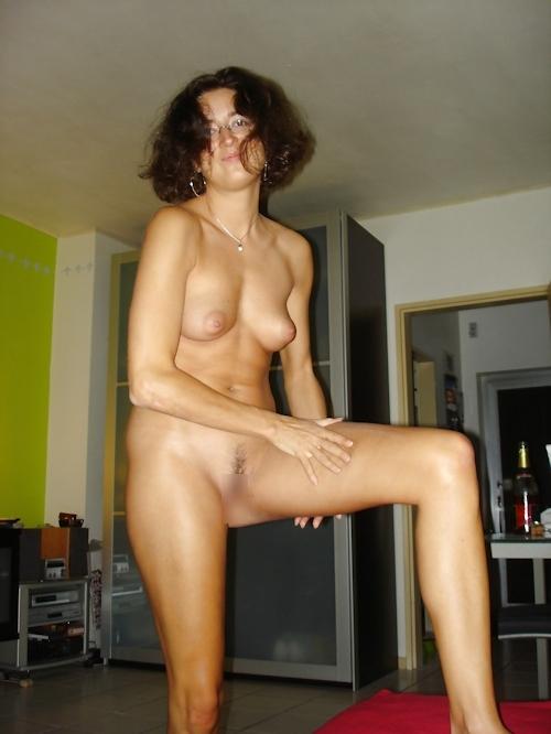 フランスのセレブな美人妻の流出ヌード画像 9