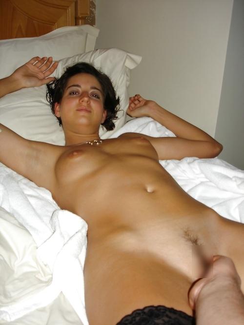 フランスのセレブな美人妻の流出ヌード画像 15