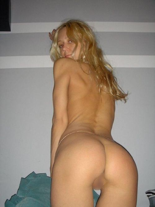金髪美人なガールフレンドのプライベートヌード画像 6