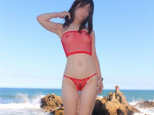 美乳な日本の素人女性のスケスケ&野外露出ヌード画像 6