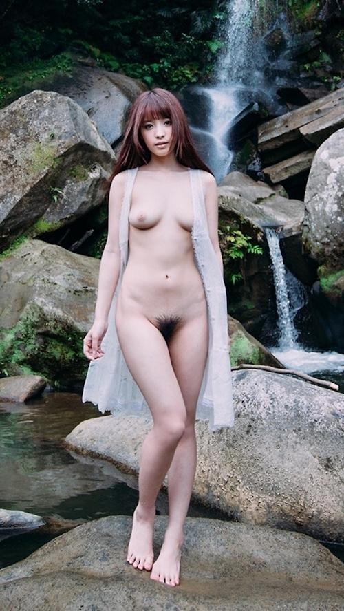桃乃木かな セクシーヌード画像 1