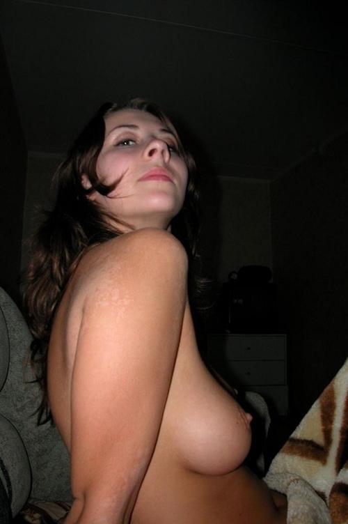 巨乳なノルウェーの素人美女のヌード画像 11