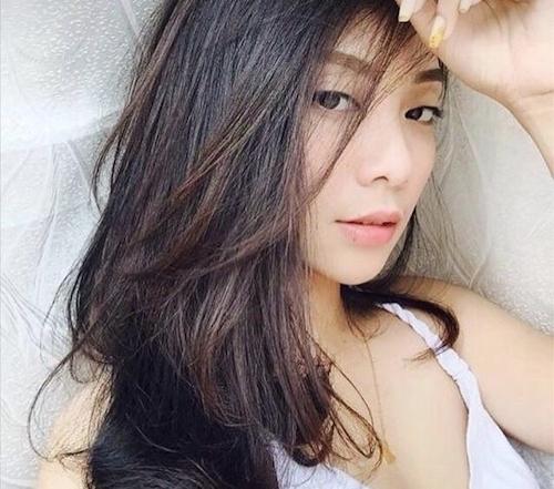 インドネシアの素人美女の自分撮りヌード画像 1