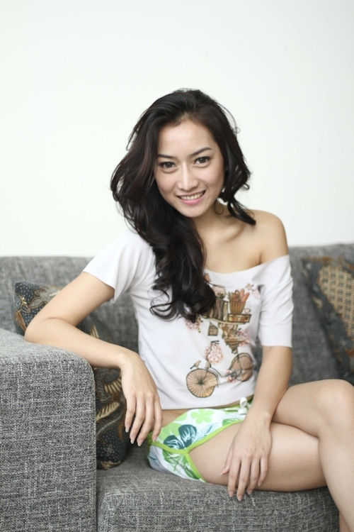 インドネシアの美女モデル Monica Yessy セクシーヌード画像 3