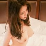 美乳な中国美女の拘束ヌード画像