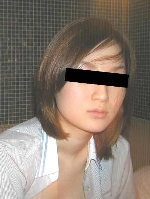 美乳な日本の素人美女をホテルで撮影したヌード画像 1