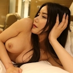 巨乳な中国美女モデル 李妍曦(Li Yanxi) セクシーヌード画像
