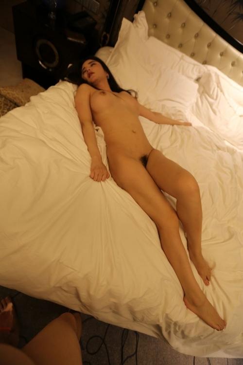 巨乳な中国美女モデル 李妍曦(Li Yanxi) セクシーヌード画像 15