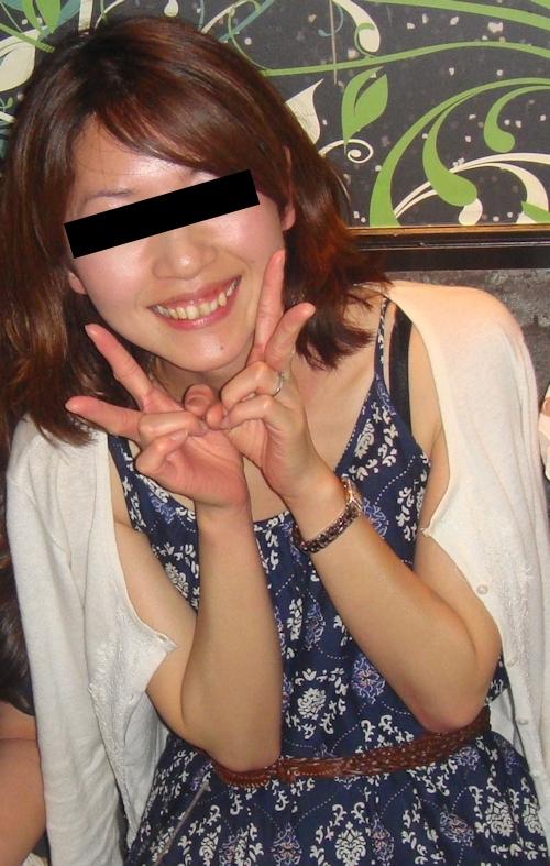 スレンダーな日本の素人美女の流出ヌード画像 1
