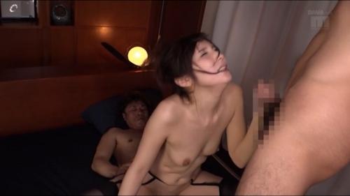 元ミスヤンマガグラドル 仲村みう 3P&初中出しセックス画像 16