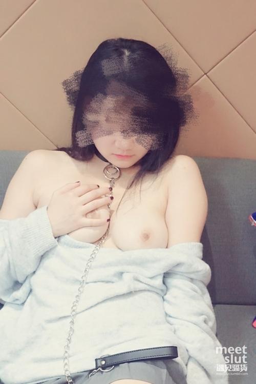 色白美乳&パイパンな中国素人女性の調教ヌード画像 5
