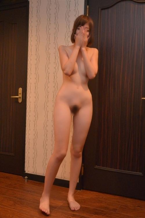 美乳な日本の素人美女のハメ撮りセックス画像 1