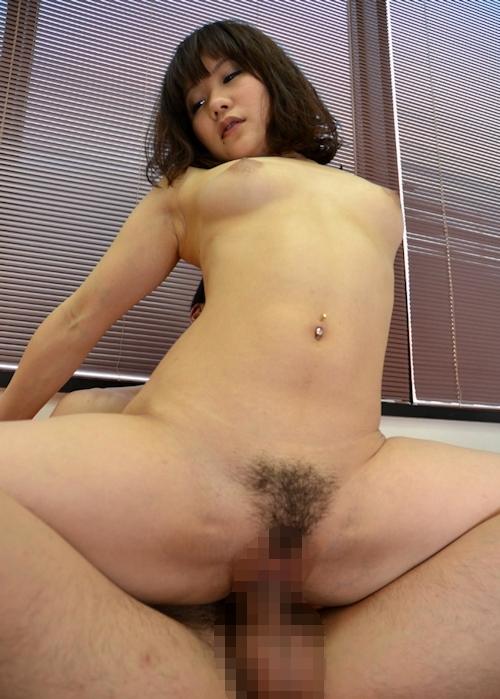 日本の素人美女のアクロバティックなセックス画像 8