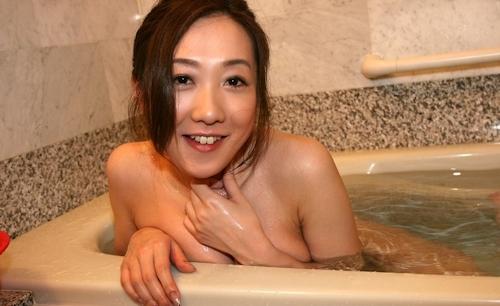美人妻とホテルでセックスしちゃった画像 4