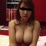 爆乳なガールフレンドをホテルで撮影したプライベートヌード画像