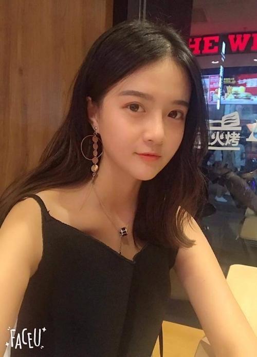 中国の極上美少女のパイパンマ○コ画像? 1