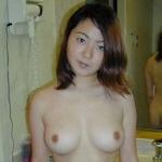 美巨乳な日本の美人妻を撮影したヌード画像