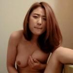 ナイスボディな韓国素人美女の自分撮りヌード画像