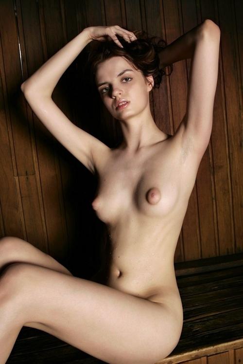 西洋美少女のヌード画像 10