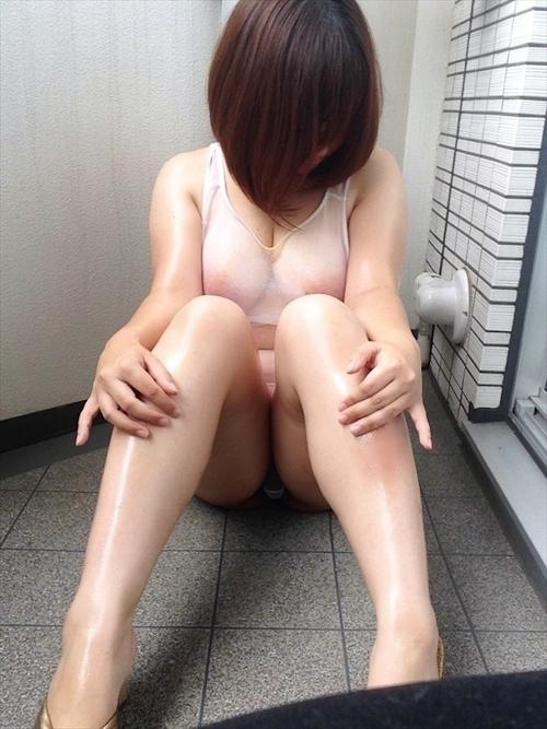 どエロい巨乳おっぱいの素人美女の自分撮りヌード画像 3