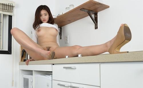 韓国美女モデル セジン(Sejin) セクシーヌード画像 11